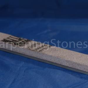 Shapton Pro 30000 - водный точильный камень.